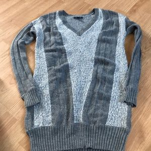American Eagle outfitters Women's sweater size m